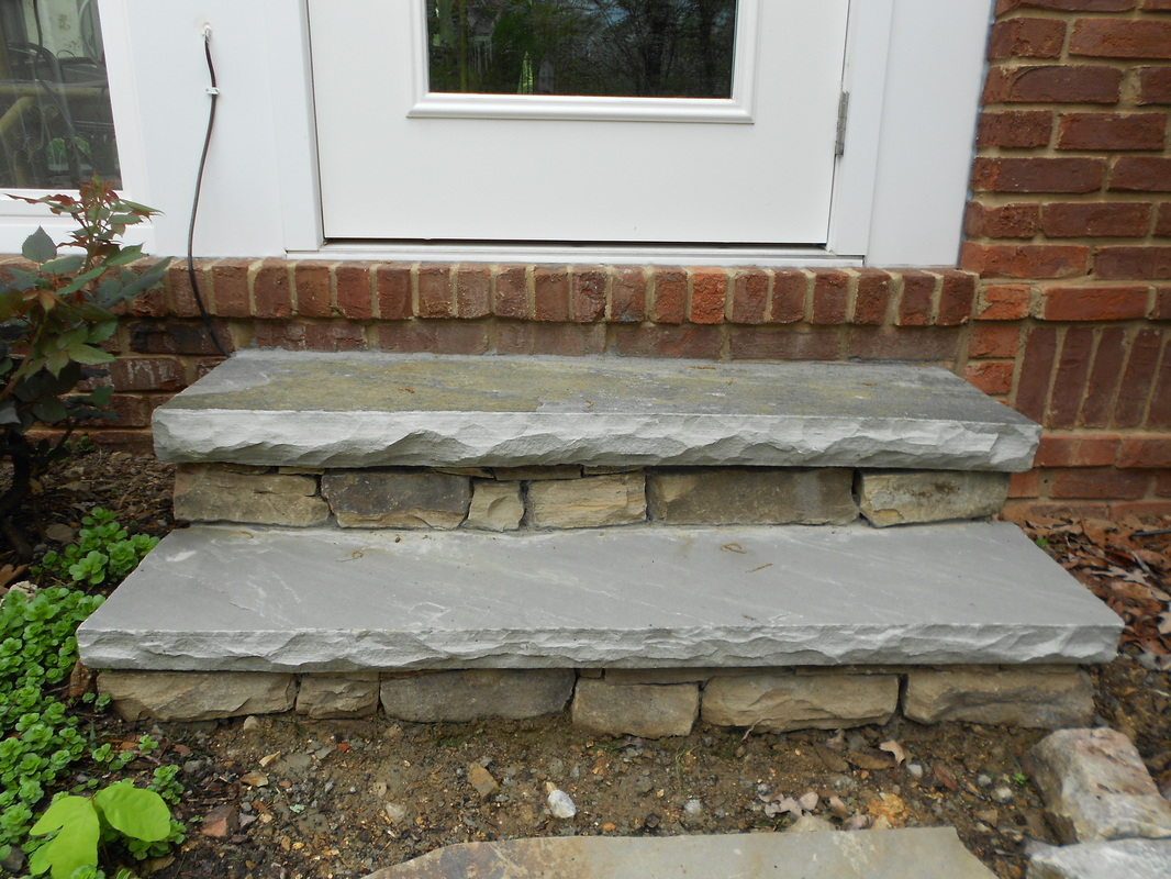Stoneblog living stone masonry for Exterior stone stairs design